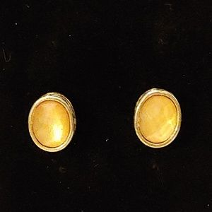 Vintage yellow gem stone earrings